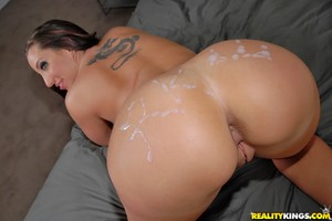 Kelly Divine Fantastic Ass