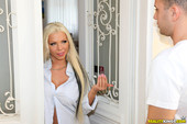 [MikesApartment] Barbie Sins - Never Ask Your Gf To Pay Rent (20.09.2017)-o60kd6fvra.jpg
